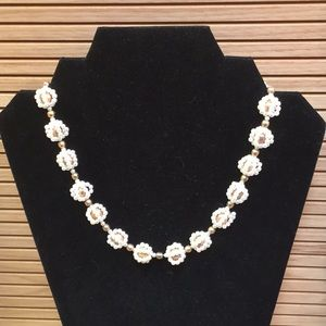 Vintage pearl beaded necklace GUC